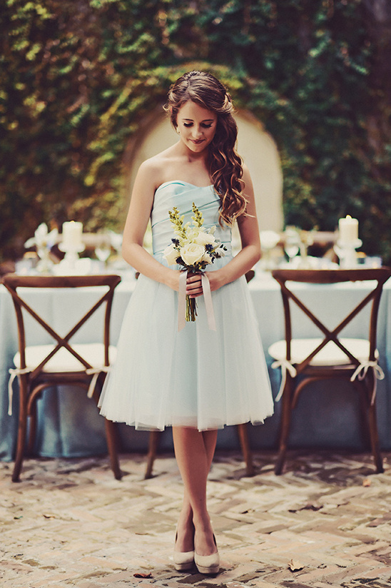 bridesmaid in blue @weddingchicks
