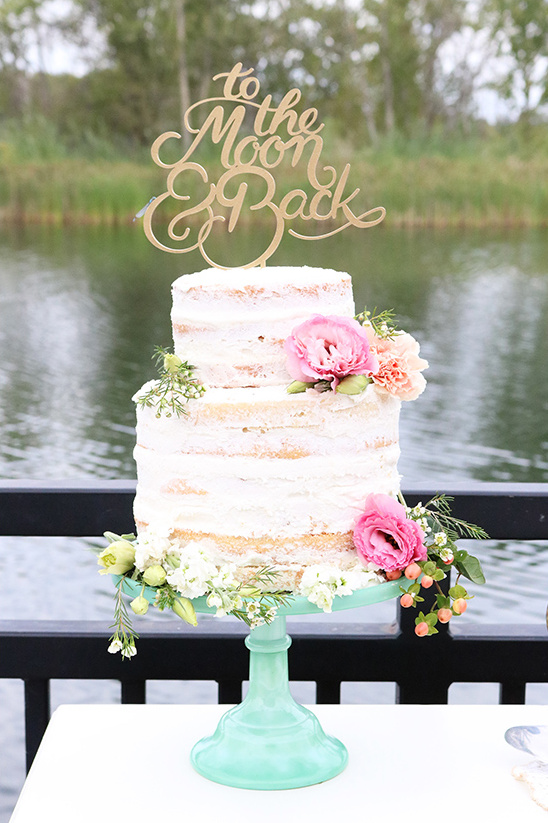semi naked wedding cake @weddingchicks