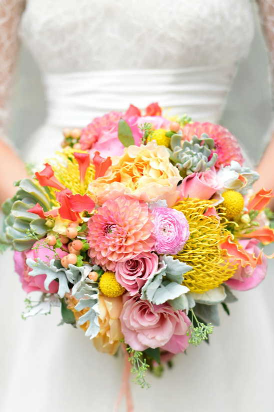 pink and yellow bouquet @weddingchicks
