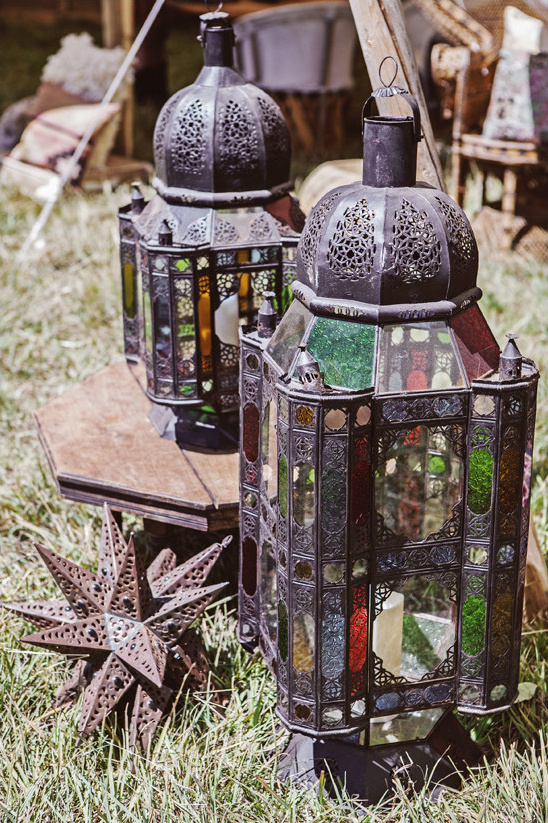 lantern decor @weddingchicks