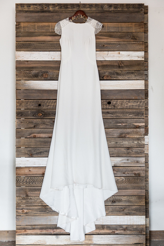 classic white wedding gown @weddingchicks