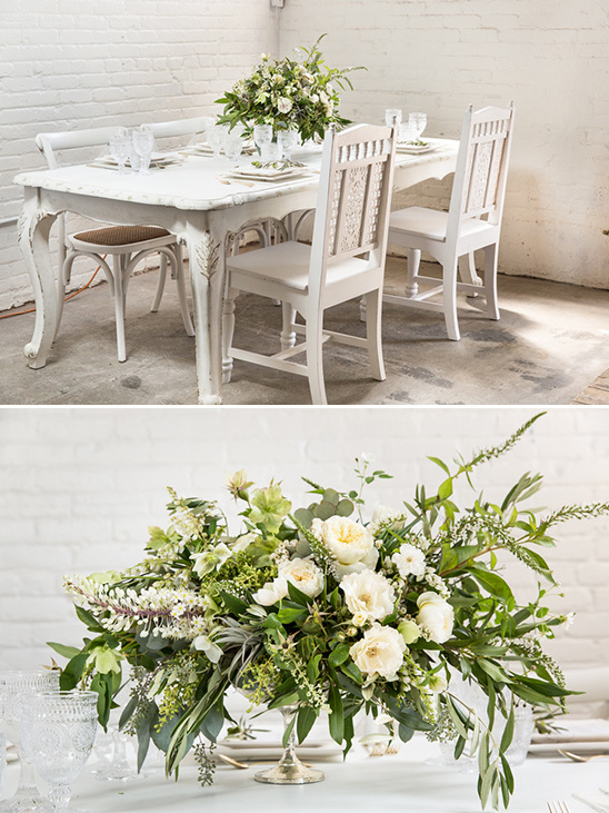 clean white table idea @weddingchicks
