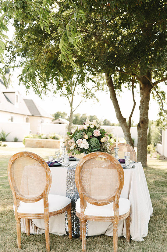 romantic outdoor reception idea @weddingchicks