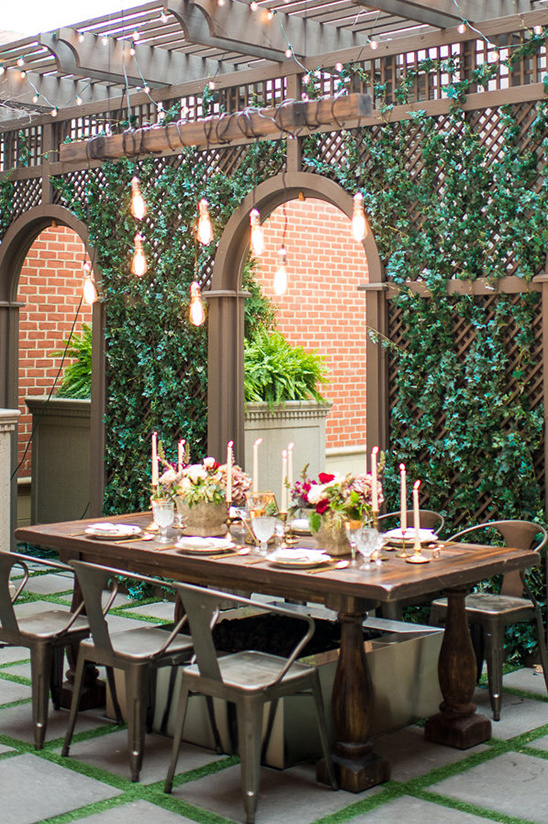 modern outdoor wedding reception @weddingchicks