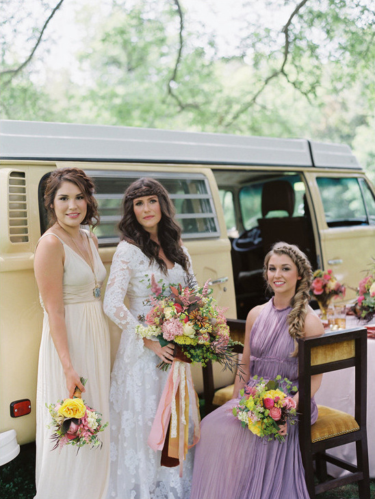 vintage wedding look @weddingchicks