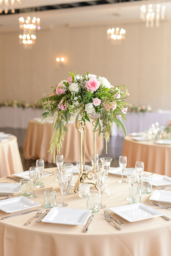 indoor romantic wedding reception idea @weddingchicks