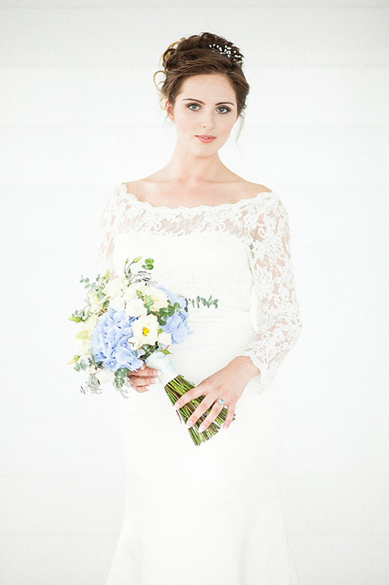 classic white lace wedding gown @weddingchicks