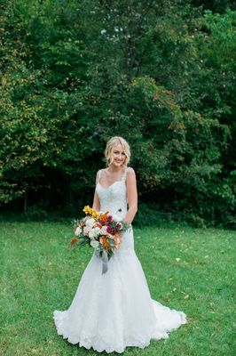 Gold and Red Fall Wedding Ideas