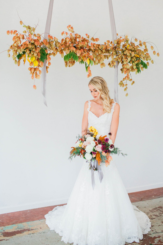 hanging wedding ceremony decor @weddingchicks
