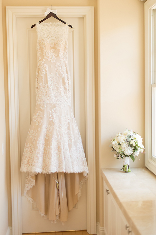wedding dress details @weddingchicks