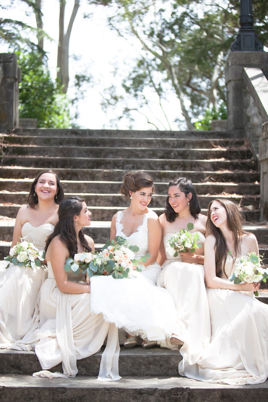 bridal party @weddingchicks