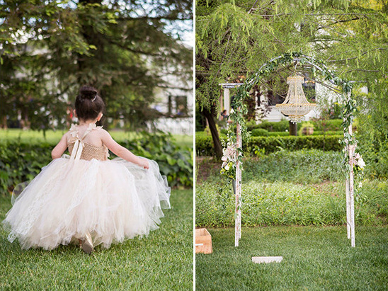 flower girl and ceremony decor @weddingchicks