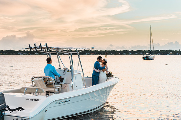 sail away wedding @weddingchicks