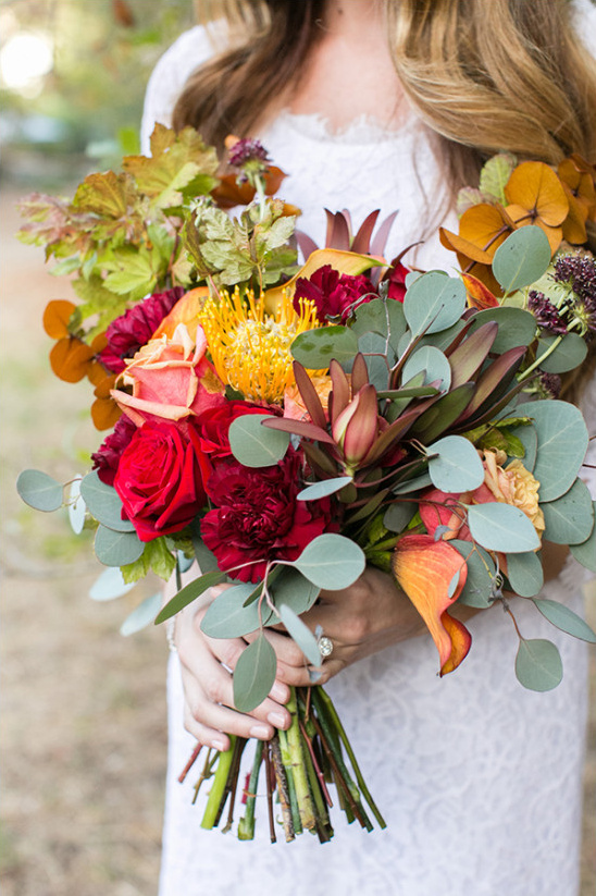 bright red and yellow bouquet @weddingchicks