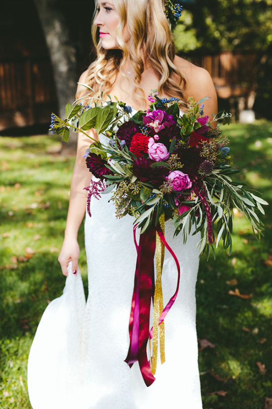 deep purple bouquet @weddingchicks