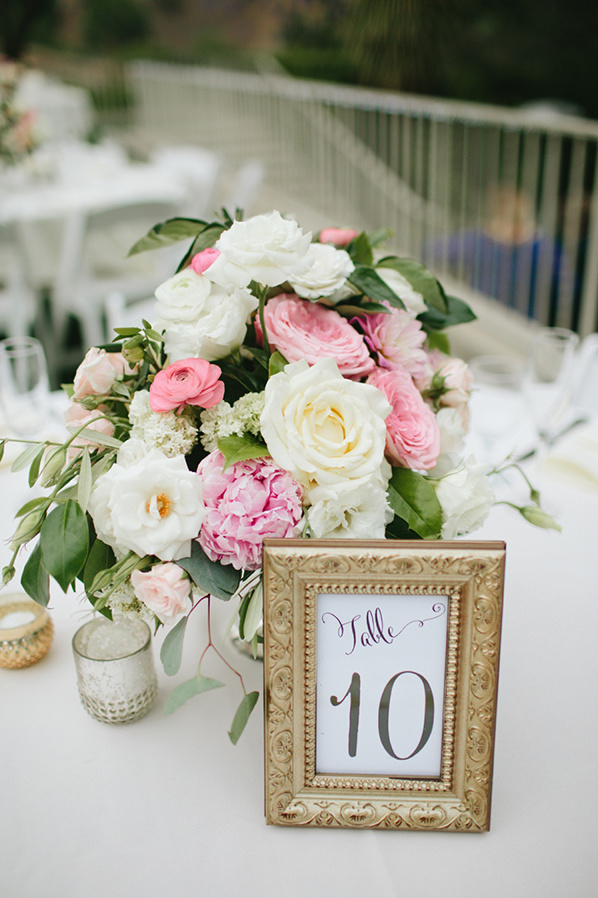framed table numbers @weddingchicks