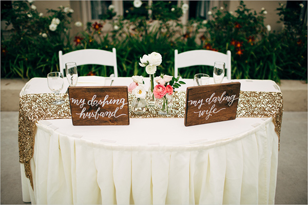 sweetheart table @weddingchicks