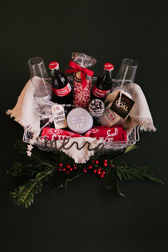 coke gift basket ideas @weddingchicks