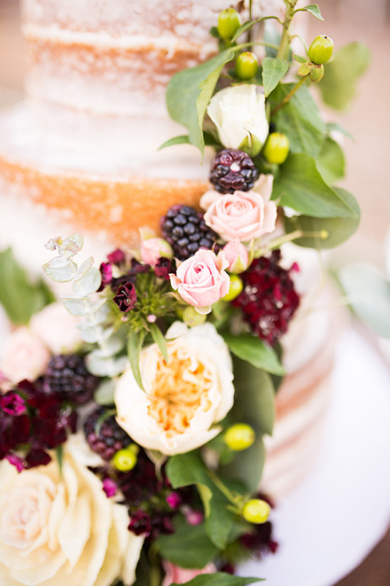 wedding cake detail @weddingchicks