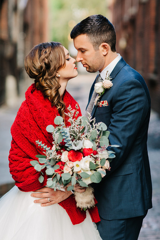 wonderful winter wedding ideas @weddingchicks