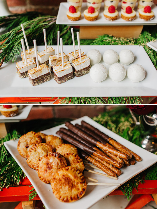winter wedding desserts @weddingchicks
