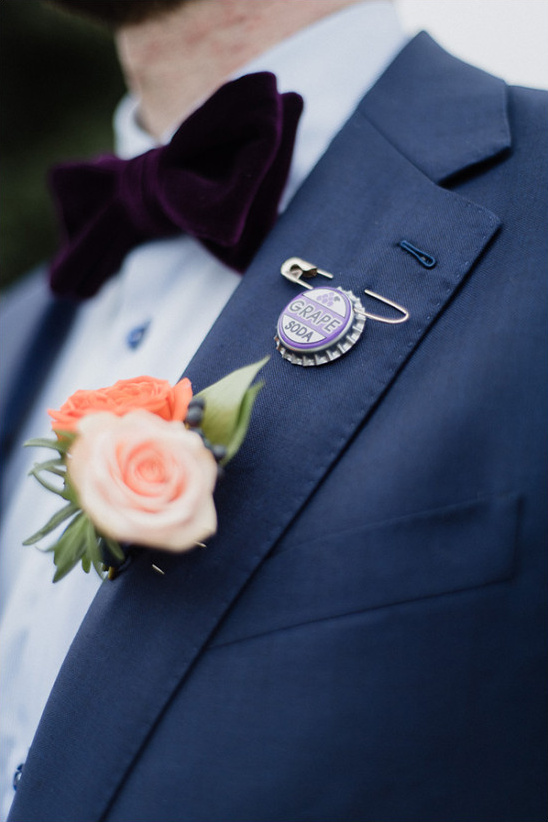 bottle cap pin @weddingchicks