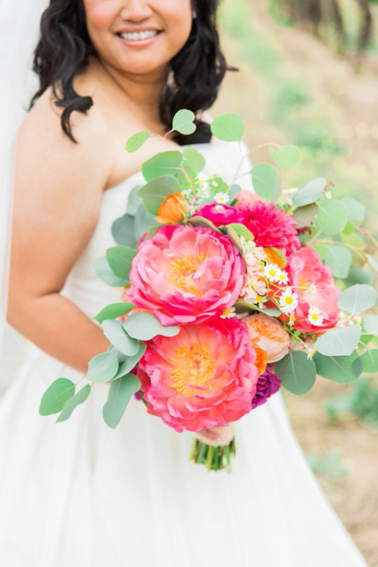 pink bouquet @weddingchicks