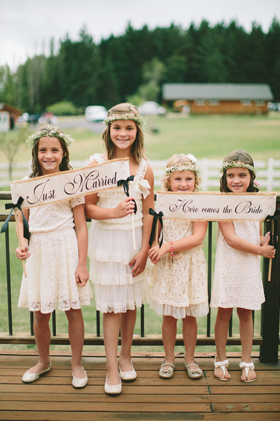 cute little flower girls @weddingchicks
