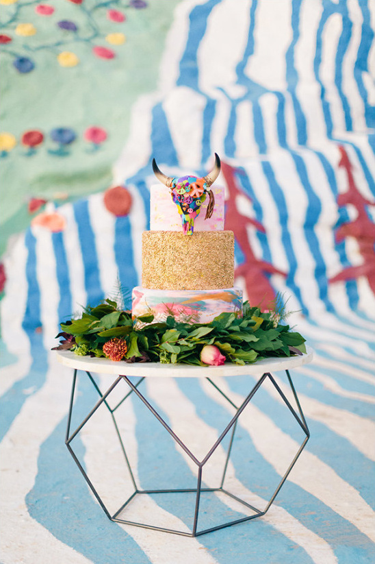 modern colorful wedding cake @weddingchicks