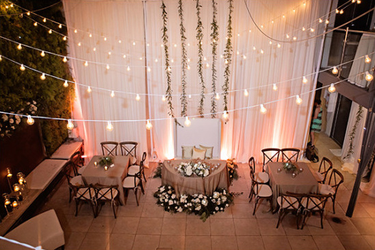 intimate reception space @weddingchicks