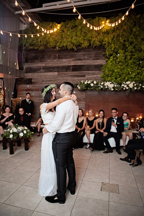 first dance @weddingchicks