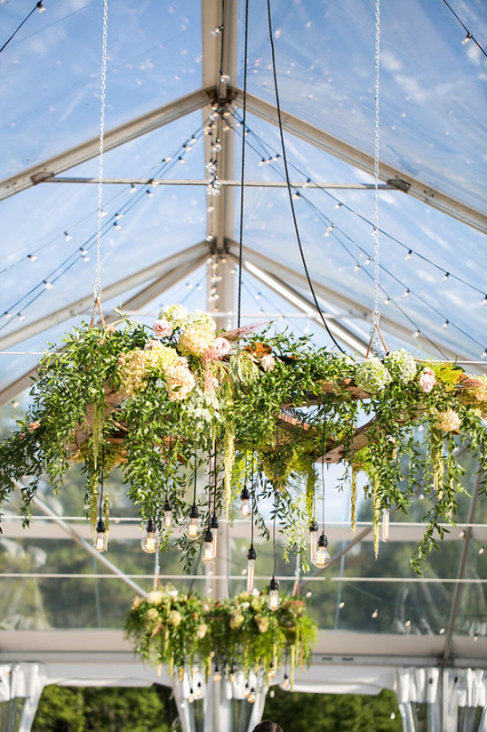 edison bulb flower chandelier @weddingchicks