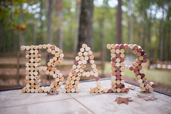 cork bar sign @weddingchicks