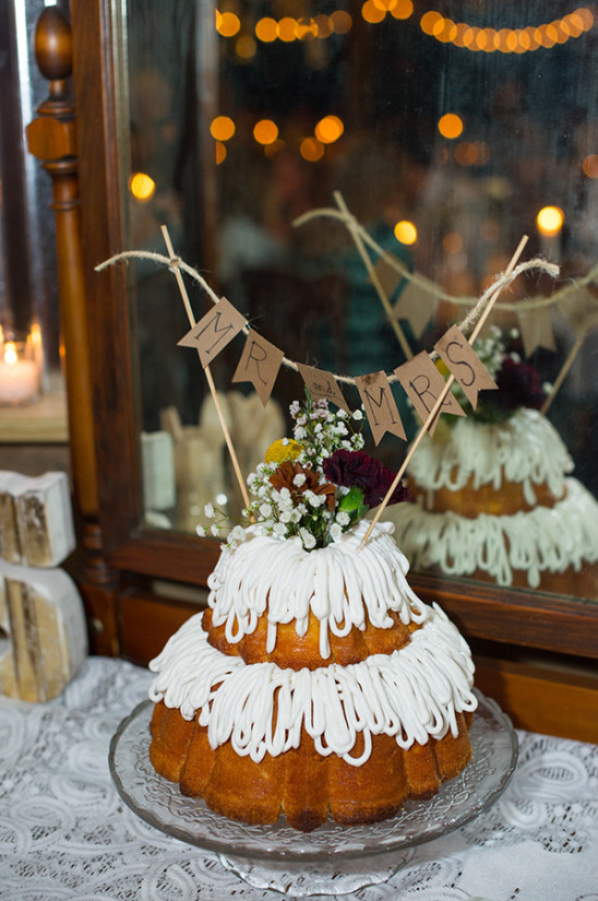 bundt wedding cake @weddingchicks