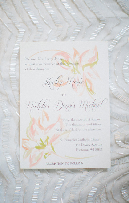 painted wedding invitation @weddingchicks