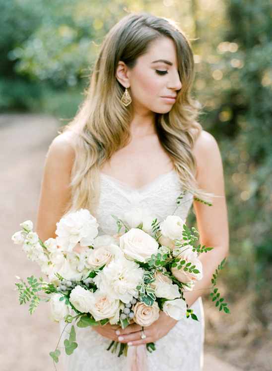 romantic wedding look @weddingchicks
