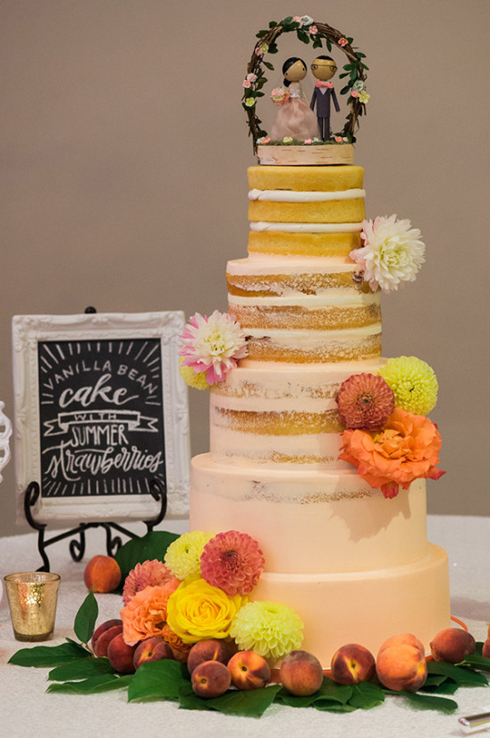 ombre frosted wedding cake @weddingchicks