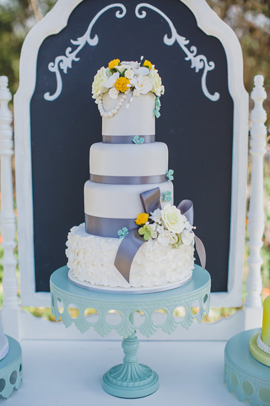purple blue and yellow wedding cake @weddingchicks