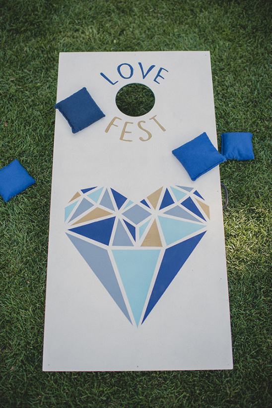 yard games @weddingchicks
