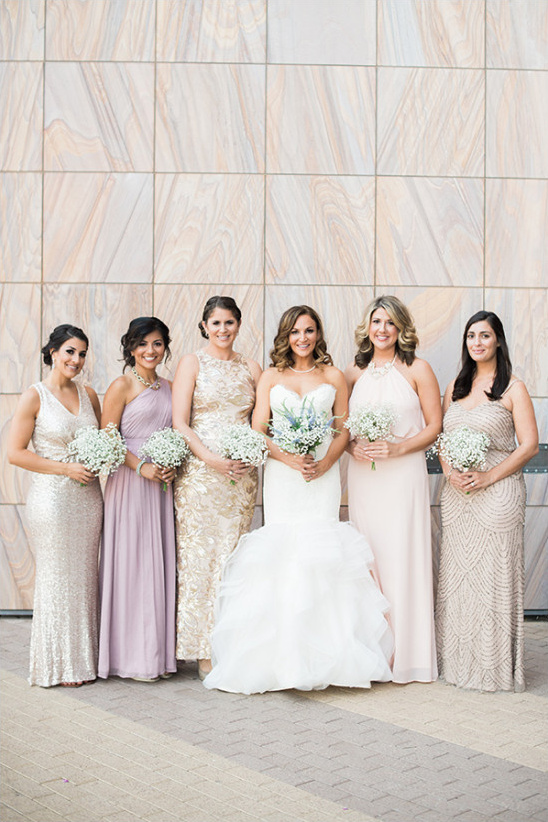 mismatched bridesmaids @weddingchicks
