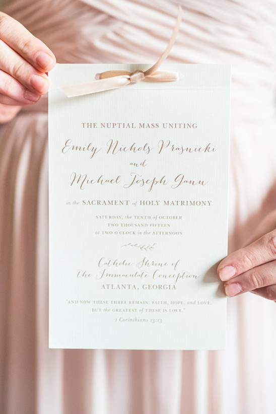 ivory and gold wedding program @weddingchicks