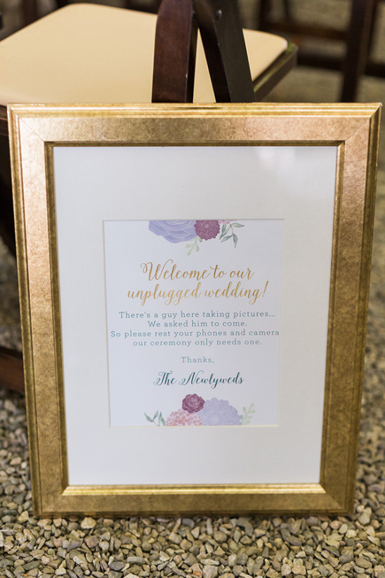 unplugged wedding sign @weddingchicks