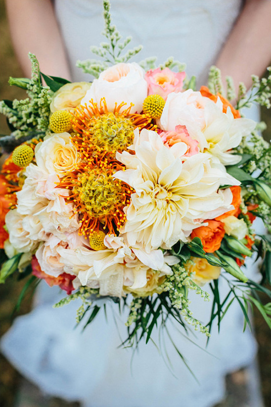 orange and yellow wedding bouquet @weddingchicks
