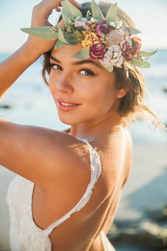 Beautiful Beach Chic Wedding Inspiration @weddingchicks