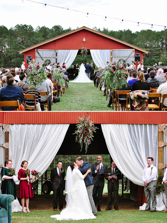 red barn ceremony @weddingchicks