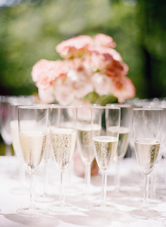 champagne toasts @weddingchicks