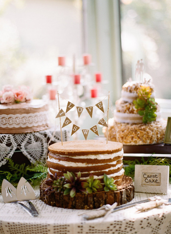 bundting cake @weddingchicks