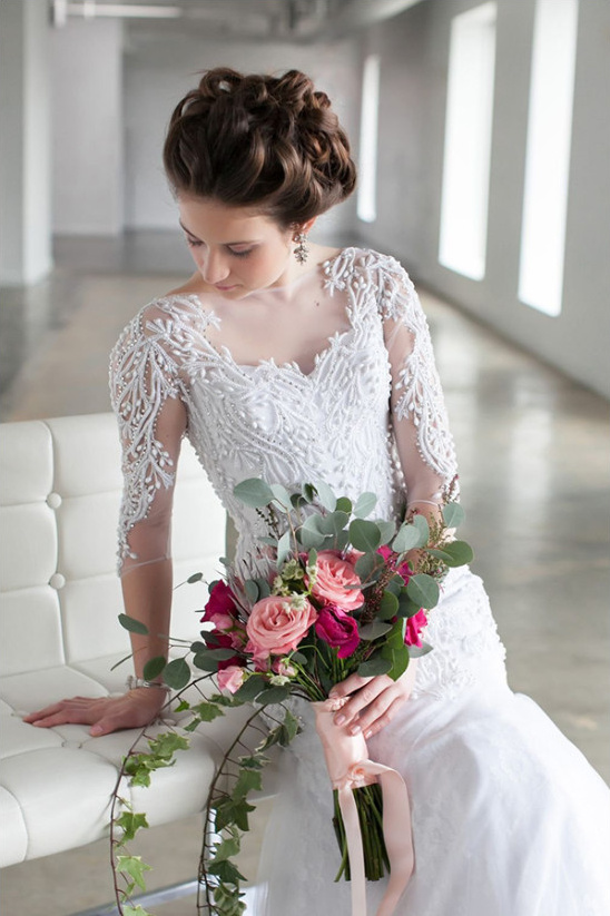 beautiful wedding gown @weddingchicks