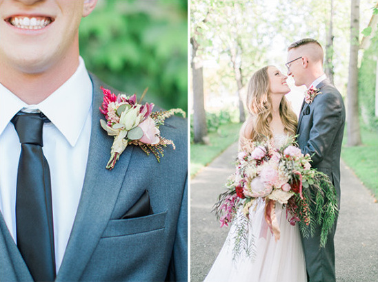 pink and burgundy boutonniere @weddingchicks