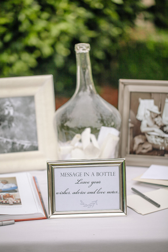 message in a bottle guestbook @weddingchicks